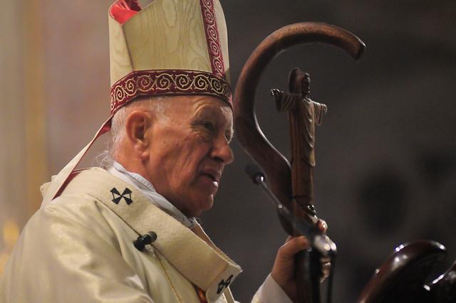 Declaraciones cruzadas entre el cardenal Ezzati y la UDI por visita del Papa Francisco