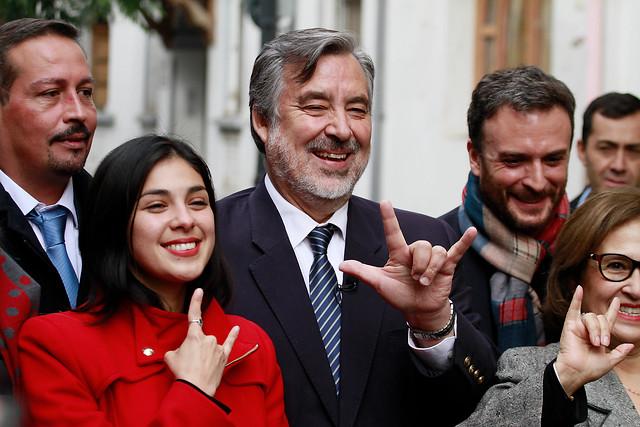 Karol Cariola y Jaime Parada, los rostros jóvenes del comando de Guillier