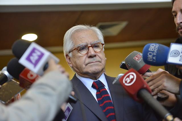 Gobierno prohíbe a las autoridades reunirse con los candidatos presidenciales