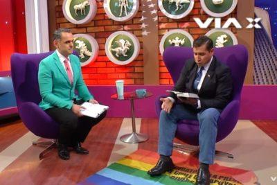 VIDEO |Pastor Soto es tan ignorante que hasta se equivocó de bandera: era la del Cuzco