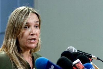 """""""Tropa de ineptos"""": Pepa Hoffmann (UDI) entre en cólera y se lanza sin filtro en Twitter"""