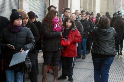 Colegio Salesianos explica locura y filas de 15 horas por conseguir una matrícula