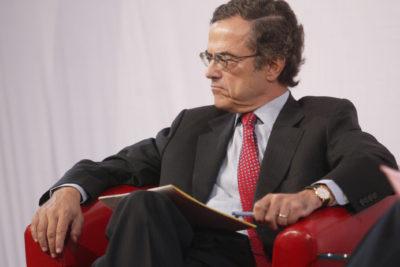 Terremoto interno se vivió en Canal 13: René Cortázar renunció a la presidencia del directorio