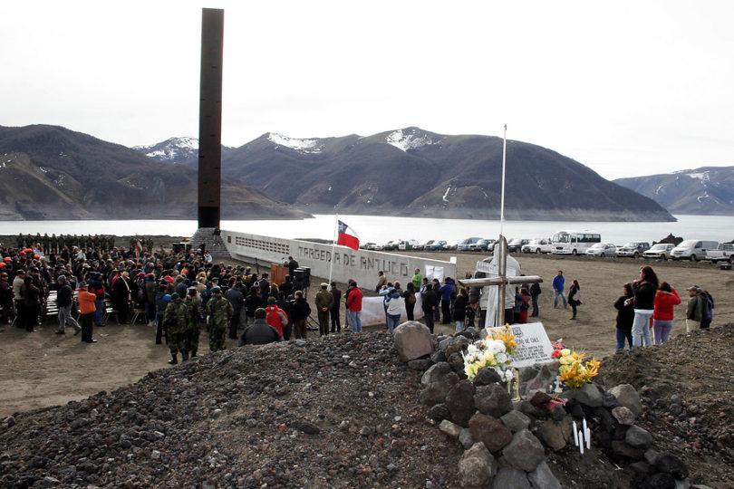 """Ejército reconoce que ruta de la """"tragedia de Antuco"""" sigue siendo usada en instrucción"""