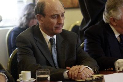 Cheyre es careado con ex presos políticos en La Serena