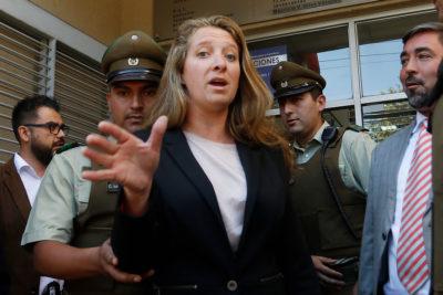 Receptor judicial acusa que Guardia Presidencial impidió embargo a Natalia Compagnon