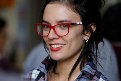 Camila Vallejo fue multada por desplegar banderas trans y de la diversidad en el Congreso