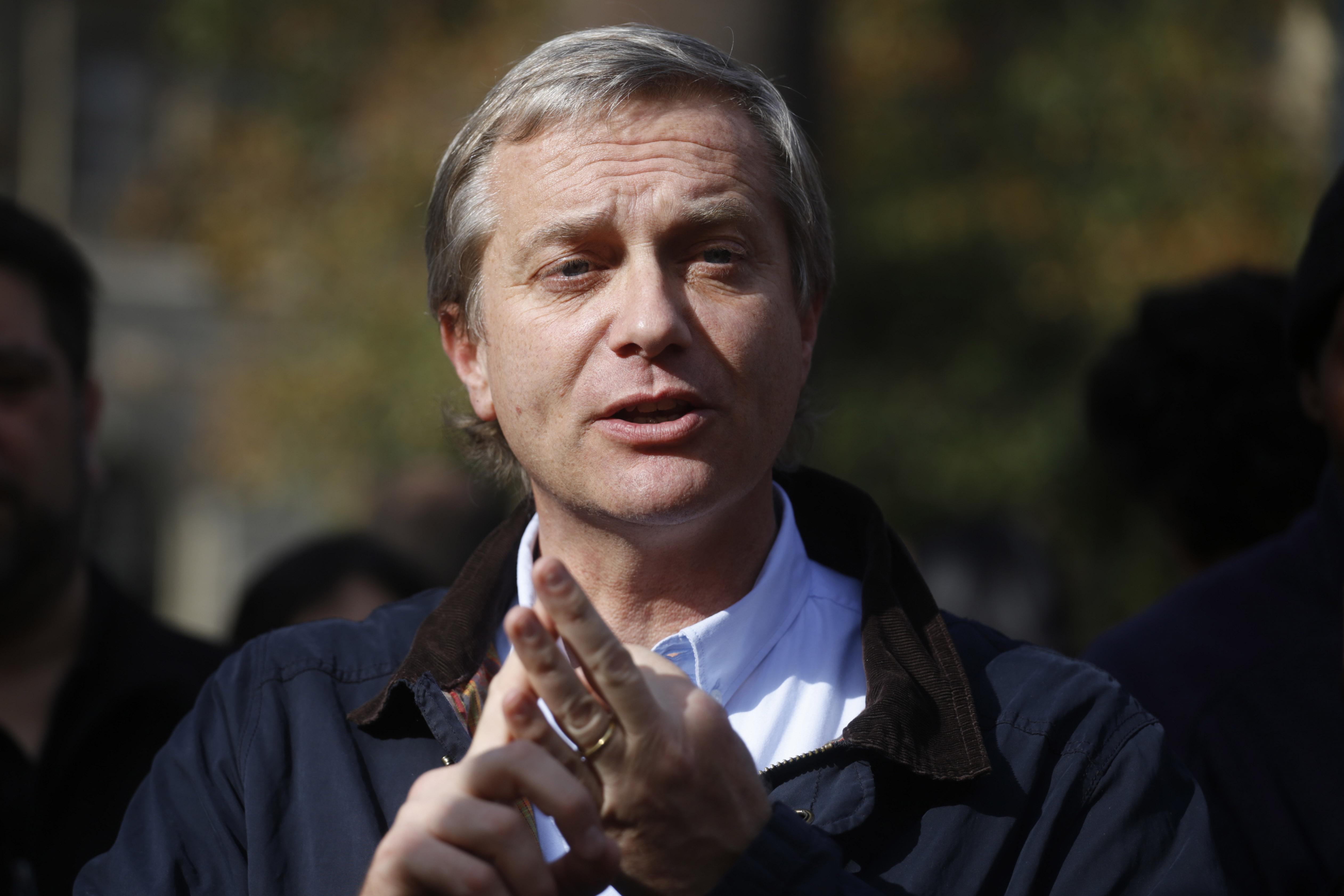 José Antonio Kast quiere profesores de religión obligatorios en colegios públicos