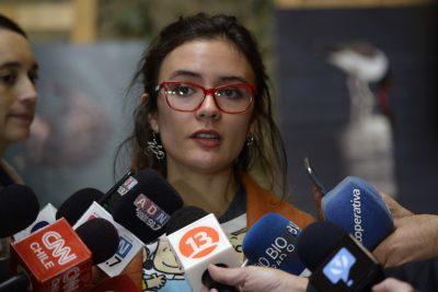 VIDEO |Camila Vallejo denunció el despido de funcionaria de Carabineros en medio de su fuero maternal