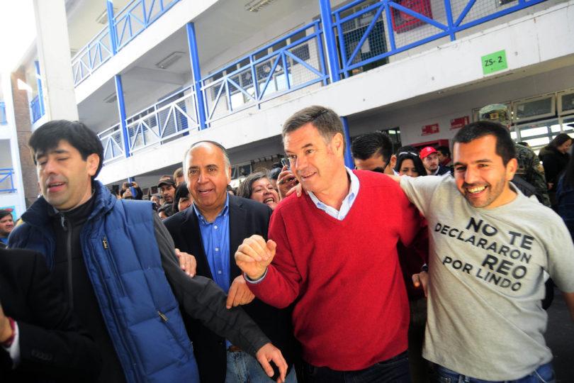 Ossandón arrasó en Puente Alto: 83,9% votó por el senador