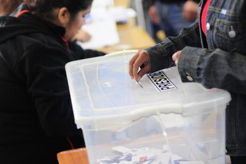 Fotos de lahistórica votación de chilenos en el extranjero para Primarias