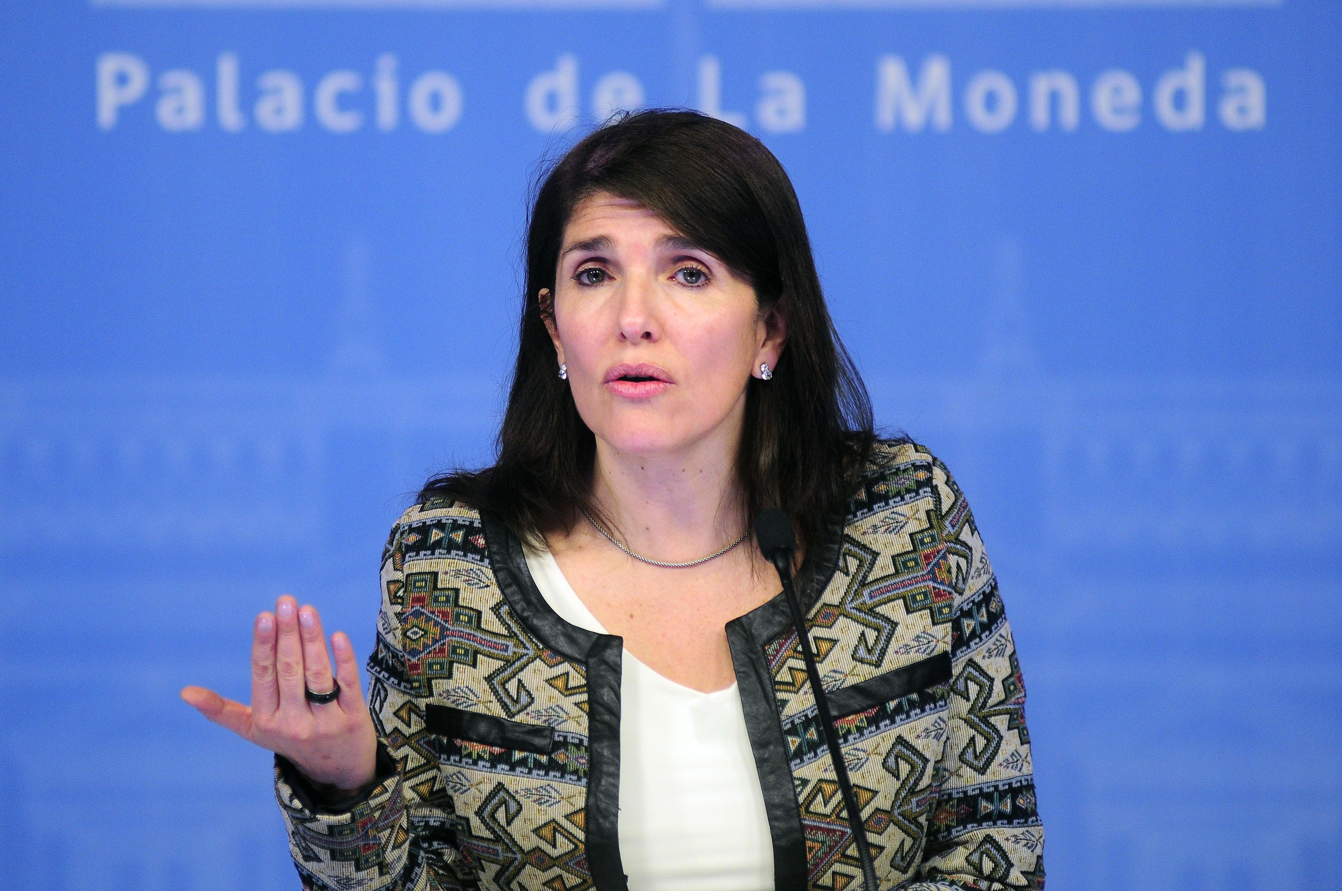"""""""Gobierno descarta lobby por informe del Sename y acusa """"operación de la derecha"""""""""""