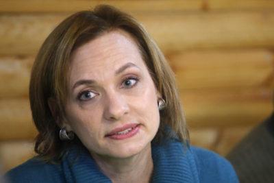 """El recado de Carolina Goic a Sebastián Piñera por su candidatura """"hacia el mundo del centro"""""""