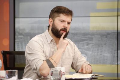 """Gabriel Boric asegura que """"hubo lobby de parte del Gobierno"""" previo a votación del informe del Sename"""