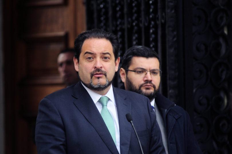Ministro de Energía anuncia proyecto de ley corta para elevar multas en caso de corte de luz