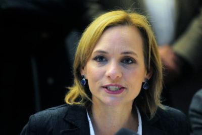 Carolina Goic suspenderá su presidencia DC para inscribir su candidatura a La Moneda