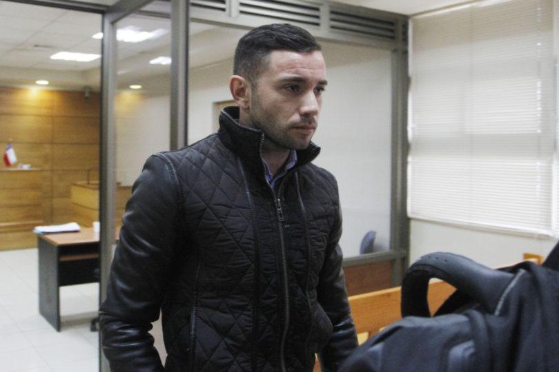 Eugenio Mena fue formalizado tras conducir en estado de ebriedad hace casi dos meses