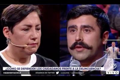 Las mentiras del comerciante que encaró a Beatriz Sánchez por la delincuencia en Aquí Está Chile