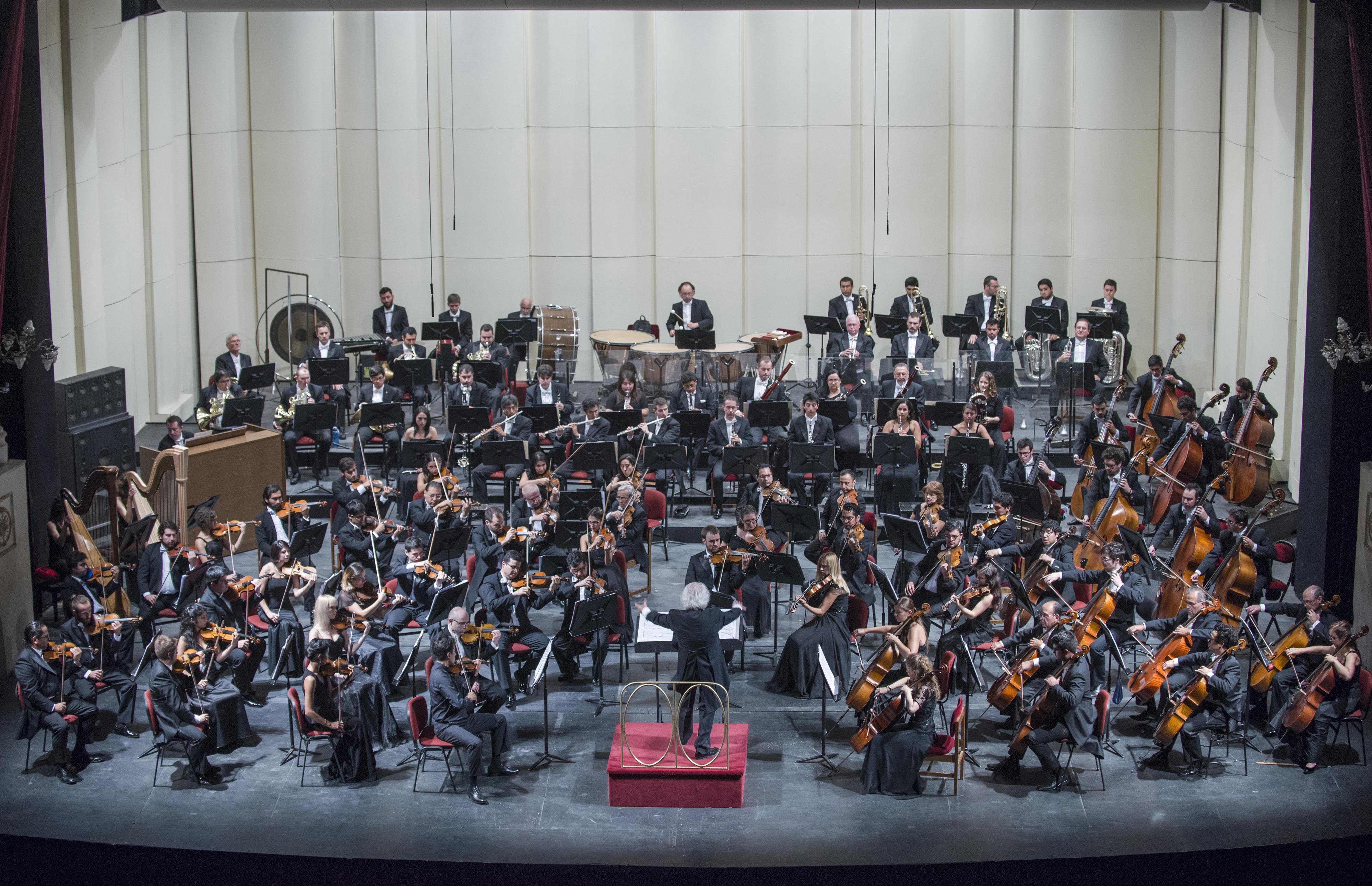 Filarm nica de santiago ofrece conciertos gratuitos en for Conciertos en santiago 2016