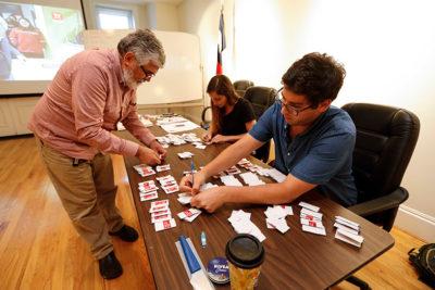 Bajo interés de chilenos en el extranjero por votar en las primarias