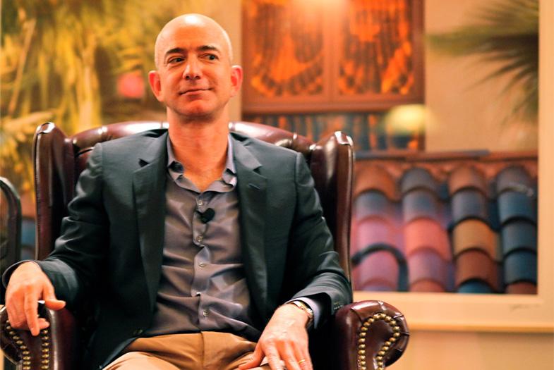 Dueño de Amazon desplaza a Bill Gates y se transforma en el hombre más rico del mundo
