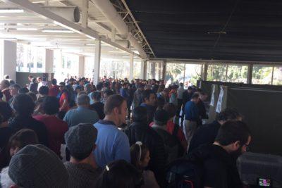FOTOS | Impensadas imágenes de lo que ocurre en el local de votación Campus Oriente