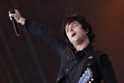 VIDEO l Emocionante: 65 mil personas cantan Rapsodia Bohemia en concierto de Green Day