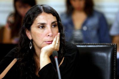"""Karla Rubilar le manda ácido mensaje a los """"inconsecuentes"""" que critican a los rostros que apoyan a Piñera"""