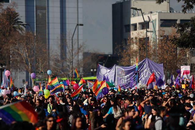 FOTOS |Con candidatos incluidos: las postales que dejó la Marcha Por El Orgullo de Ser Tú Mismo