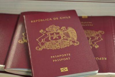 """Chile tiene oficialmente el pasaporte """"más poderoso"""" de Latinoamérica"""