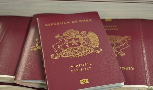 Visa Waiver en capilla: Estados Unidos mantendrá el programa con Chile solo por un año más