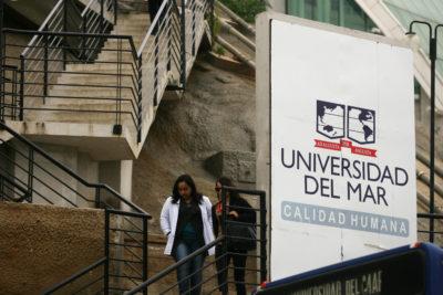 """Ex rector de la U. del Mar acusa al Mineduc de usarlo como """"chivo expiatorio"""" y pide disculpas por """"errores involuntarios"""""""