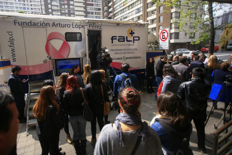 Identifican el cáncer como principal causa de muerte en 5 regiones de Chile