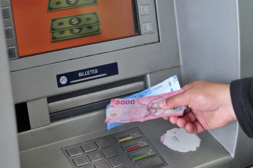 Crecimiento de deudores morosos disminuye a la mitad en el último año