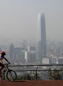Comisión del Senado aprueba proyecto que prohíbe el uso de leña en todo Santiago