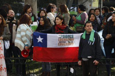 Profesores convocan a paro nacional contra la Nueva Educación Pública