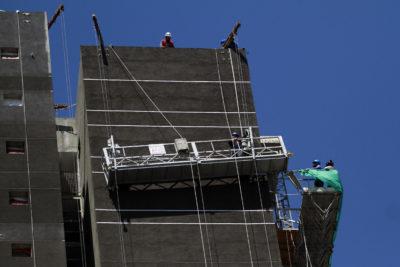 Sector de la construcción: cómo prevenir accidentes en época de lluvias
