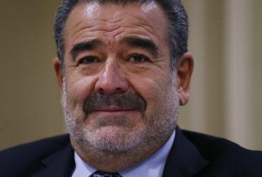 """Empresas de Luksic, Piñera y controladores de Falabella eludieron impuestos comprando empresas """"zombis"""""""