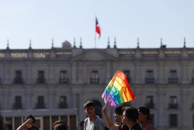 Michelle Bachelet firma hoy proyecto de Matrimonio Igualitario que incluirá adopción homoparental