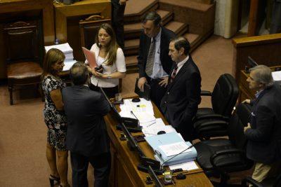 """Chile Vamos ante el TC: acusa al gobierno de legislar el """"aborto directo o provocado"""""""