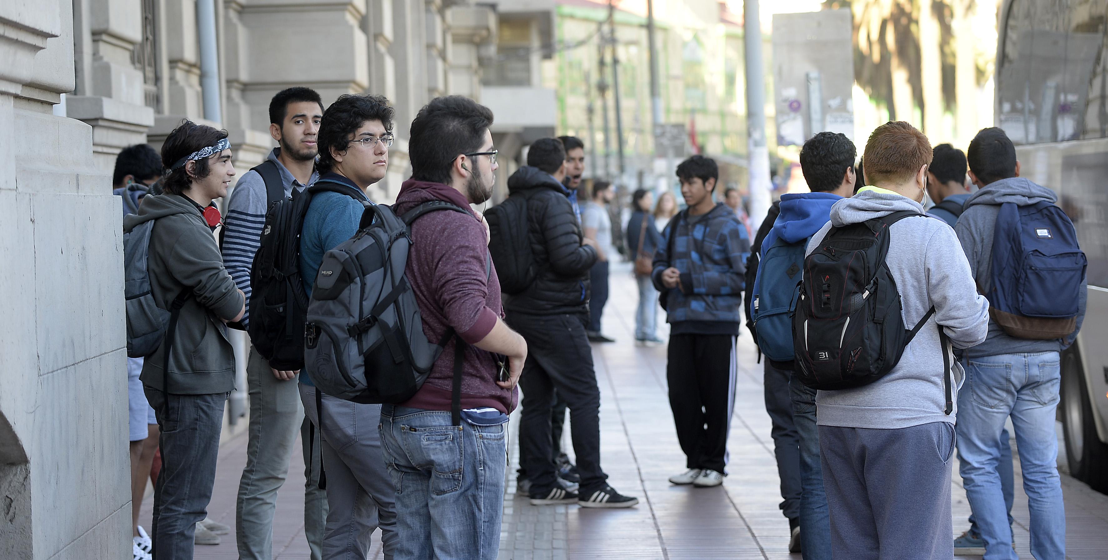 Beneficiados con gratuidad tuvieron menor deserción que el resto de estudiantes universitarios