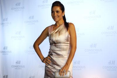 """Loreto Aravena reclama que """"no se puede allanar un cité en Recoleta"""" por robo de su iPhone y llueven críticas"""
