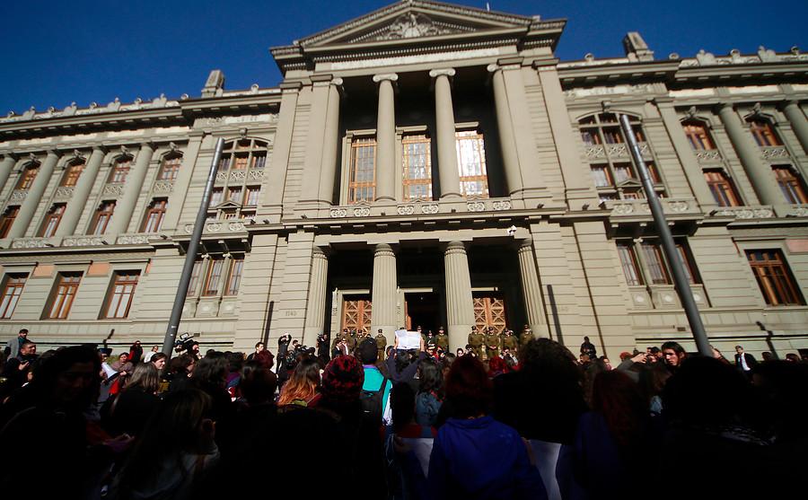 Corte Suprema entrega el cuidado de hijos a padre homosexual