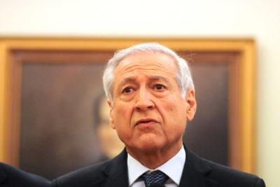 Canciller Muñoz ofrece asilo a dos jueces venezolanos en embajada chilena en Caracas