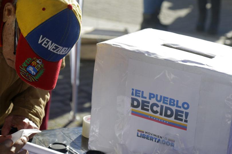 Estudiantes de ues privadas critican postura de la Confech por apoyo al proceso constituyente de Venezuela