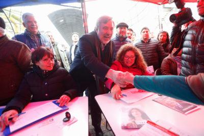 VIDEO | Guillier convoca a caminata para inscribir candidatura y estrena logo de campaña