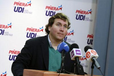 """Secretario general de la UDI: """"No nos gustaría ver a Felipe Kast como el Jackson de Chile Vamos"""""""