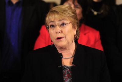 """Presidenta Bachelet expresa su """"vergüenza"""" por la reacción de algunos al caso de lepra"""