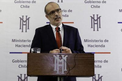 Reforma de pensiones: Gobierno se abre a evaluar cambios a AFP por falta de acuerdos con la NM
