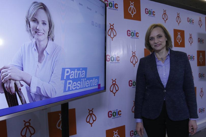 """""""Patria Resiliente"""": Carolina Goic evalúa cambiar su slogan de campaña tras críticas"""